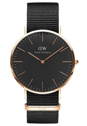 Montre a quartz Daniel Wellington pour homme modele classic Cornwall noir et dore