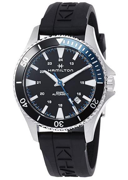 montre Hamilton modele Khaki avec bracelet en silicone noire pour homme