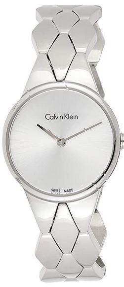 montre a quartz feminine de la marque Calvin Klein avec un bracelet original en maille losange