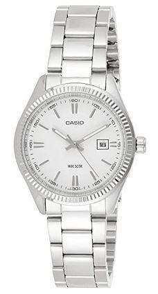 montre analogique pour femme de la marque Casio couleur blanc et argent modele LTP 1302PD