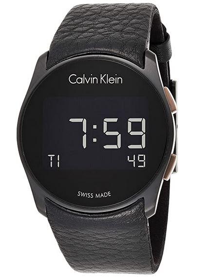 montre digitale masculine de Calvin Klein avec bracelet en cuir noir