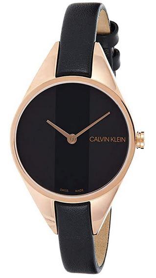 montre feminine Calvin Klein noire avec bracelet fin en cuir noir et boitier rose gold