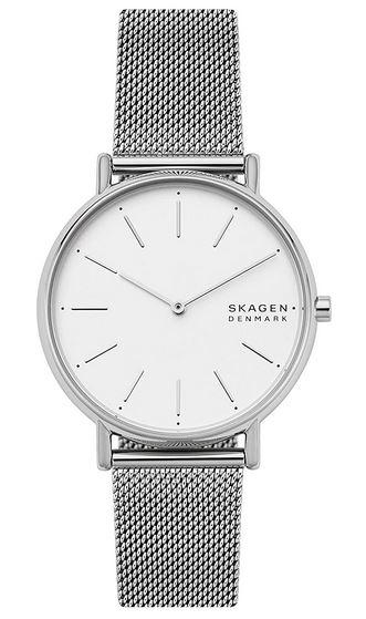 montre feminine de la marque Danoise Skagen avec un cadran blanc et bracelet couleur argent