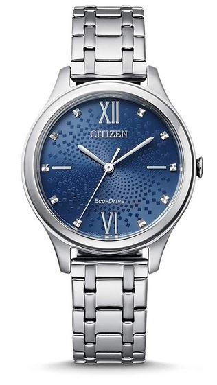 montre femme Citizen eco drive avec cadran a motifs bleu et bracelet en acier inoxydable couleur argent