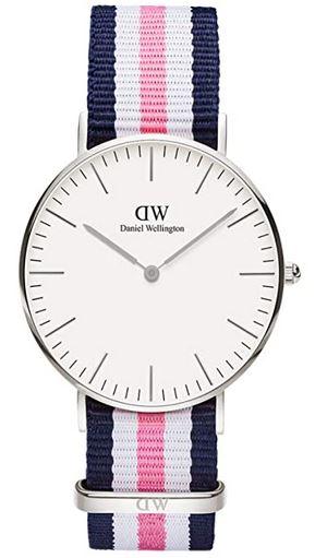 montre femme Daniel Wellington Winchester Classic bracelet en tissu bleu et rose cadran blanc et boitier en acier argente