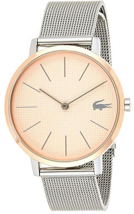 montre analogique pour femme avec cadran rose et bracelet en mailles fines argentees de la marque Lacoste