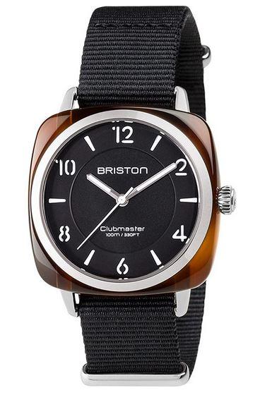 montre de la marque Briston pour femme entierement noire avec des details couleur acier argent modele Clubmaster Chic Acetate