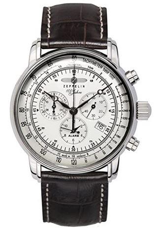 montre style aviateur de la marque Zeppelin chronographe au cadran blanc et aux inscriptions noires avec bracelet en cuir lisse marron fonce