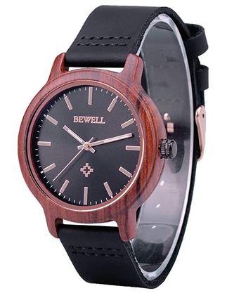 petite montre feminine en bois avec un bracelet de cuir noir de la marque Bewell