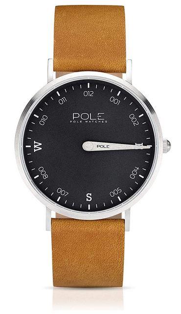 tres belle montre mono aiguille masculine de la marque POLE avec un cadran noir un bracelet en cuir marron tres clair modele analogique a quartz