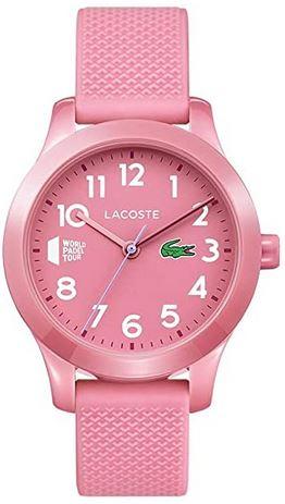 montre analogique pour enfant de la marque Lacoste entierement rose avec un bracelet en silicone
