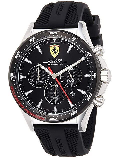 montre automobile pour homme de la marque italienne Ferrari modele Scuderia avec un bracelet moderne en silicone noire