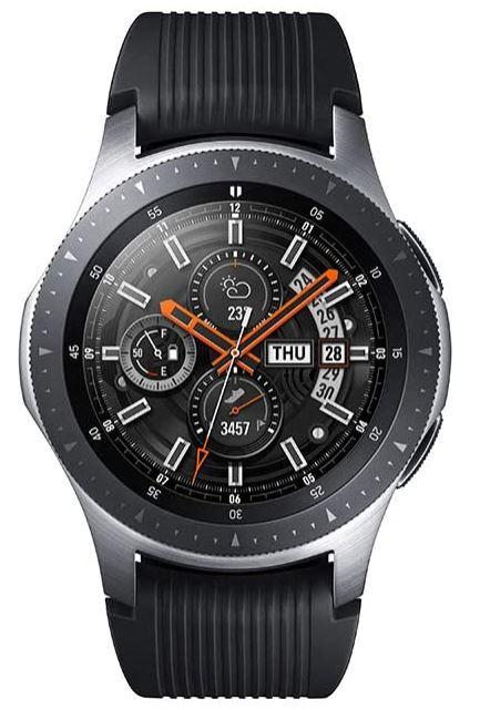 montre connectee Samsung Galaxy Watch assez masculine avec bracelet en silicone noire et boitier en acier inoxydable tracker sommeil activite altimere frequence HR et plus
