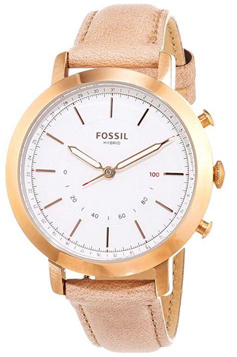 montre connectee hybride Fossil FTW5007 avec son bracelet de cuir beige boitier dore et son cadran blanc smartwatch compatible avec tout type de smartphone