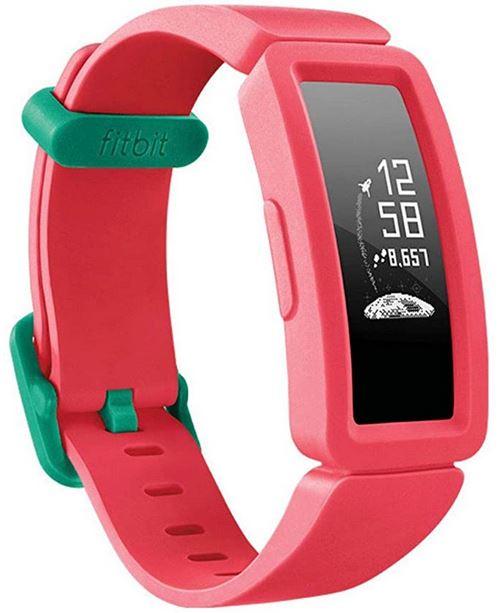 montre de sport connectee pour enfant de la marque Fitbit bracelet tracker dactivite Fitbit Ace 2 rose et vert
