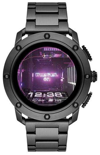 smartwatch connectee de la marque Diesel pour homme modele DZT2017 entierement noir avec ecran tactile et bracelet en acier inoxydable
